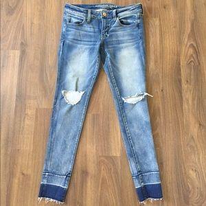 Skinny super stretch distressed jeans